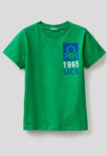 T-Shirt aus                                             T-Shirt 100% Baumwolle mit Print