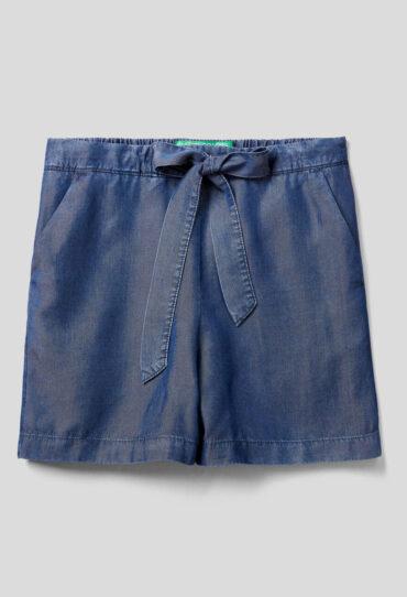 Fliessende Shorts mit Jeans-Effekt