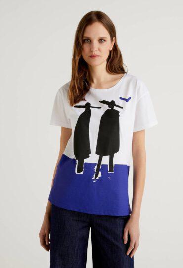 T-Shirt aus 100% Baumwolle mit MaxiPrint